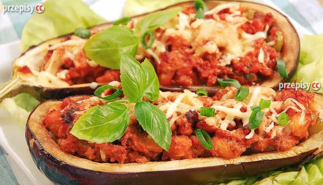 baklazany-faszerowane-pomidorami