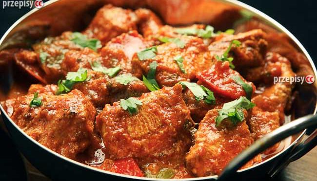 gulasz-wieprzowy-z-pomidorami