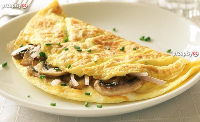 omlet-z-szynka-i-pieczarkami
