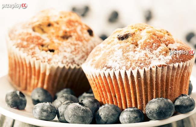 muffinki-z-borowkami