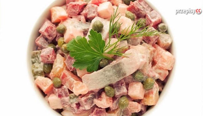 salatka-sledziowa-z-burakami (2)