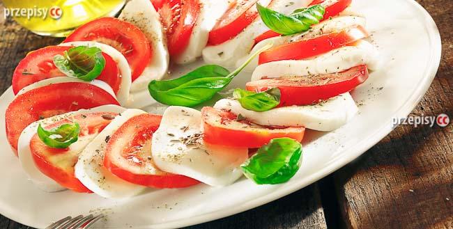 salatka-z-pomidorow-i-mozzarelli